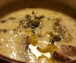 Zuppa di sedano rapa e porro con funghi