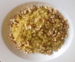 Risotto al curry con nocciole e cipolla di Tropea