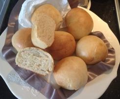 Panini salati morbidissimi con panna fresca e pasta madre (senza burro)