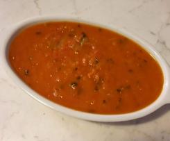 Salsa di San Marzano con cipolla di Tropea e basilico