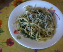 spaghetti spinaci e salsiccia