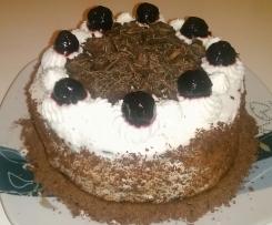 Torta Foresta Nera con le amarene
