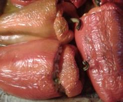 Peperoni ripieni di riso, piselli e tonno