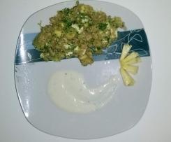 Insalata di quinoa, ananas e avocado con crema di feta